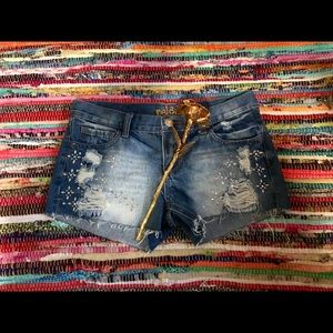 Adorable distressed reign shorts!